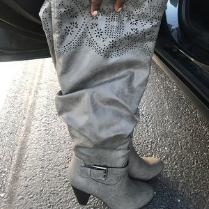 New beautiful Just Fab boots size 9 1/2